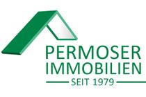 Logo der Immobilien Permoser GmbH. Grüne Schrift mit Dach auf weißem Hintergrund